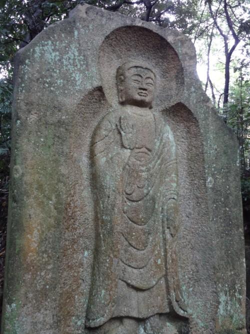 弥勒石棺仏全景.jpg